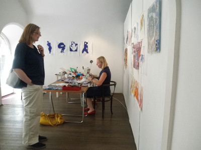 Edith Platzlbei der Arbeit